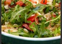 Salade de pâtes saumon, feta et roquette