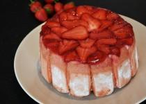 Charlotte rhubarbe, fraise et estragon